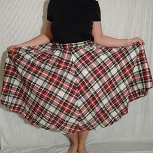 80's vintage plaid skirt.